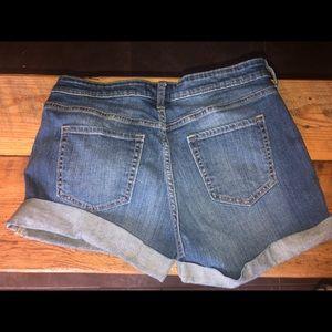 Gap 'very sexy boyfriend' Jean shorts size 10